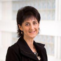 Associate Professor Julia Sarant